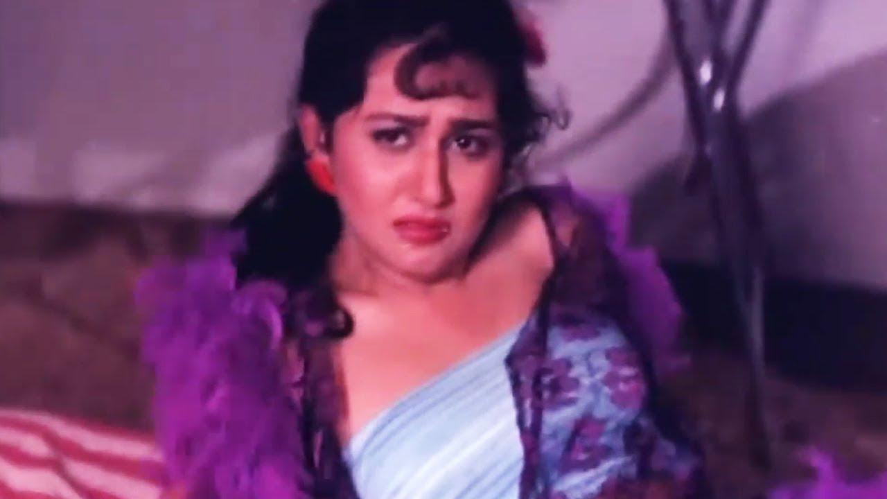 Jungle Love Scene  Kirti Singh Saved From Gajendra Chauhan  Bollywood Hindi Movie Video - Youtube-3680