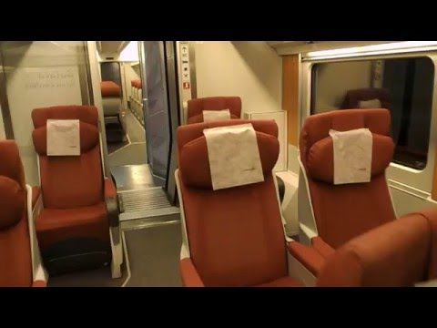 Interior butaca gran confort en renfe tren hotel barcelona for Barcelona paris tren hotel