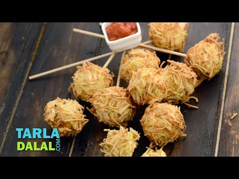 वेजिटेबल पनीर और नूडल बॉल्स | Vegetable Paneer And Noodle Balls Recipe By Tarla Dalal