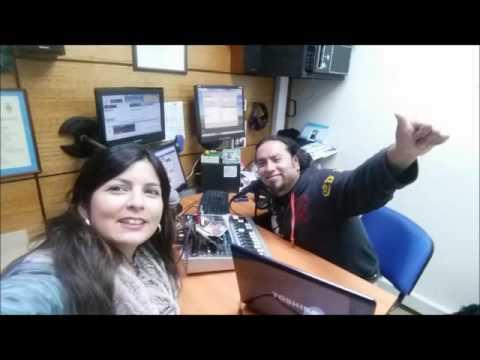 Con mi prima carolina en la Radio Positiva Chiloe