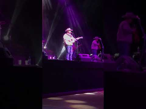 Daryle Singletary Black Sheep