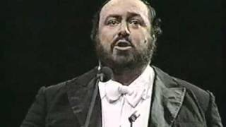 Luciano Pavarotti. 1987. O sole mio. Madison Square Garden. New York.