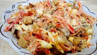 Салат з печінкою Салат с печенью
