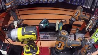 Инструменты в Американском магазине.