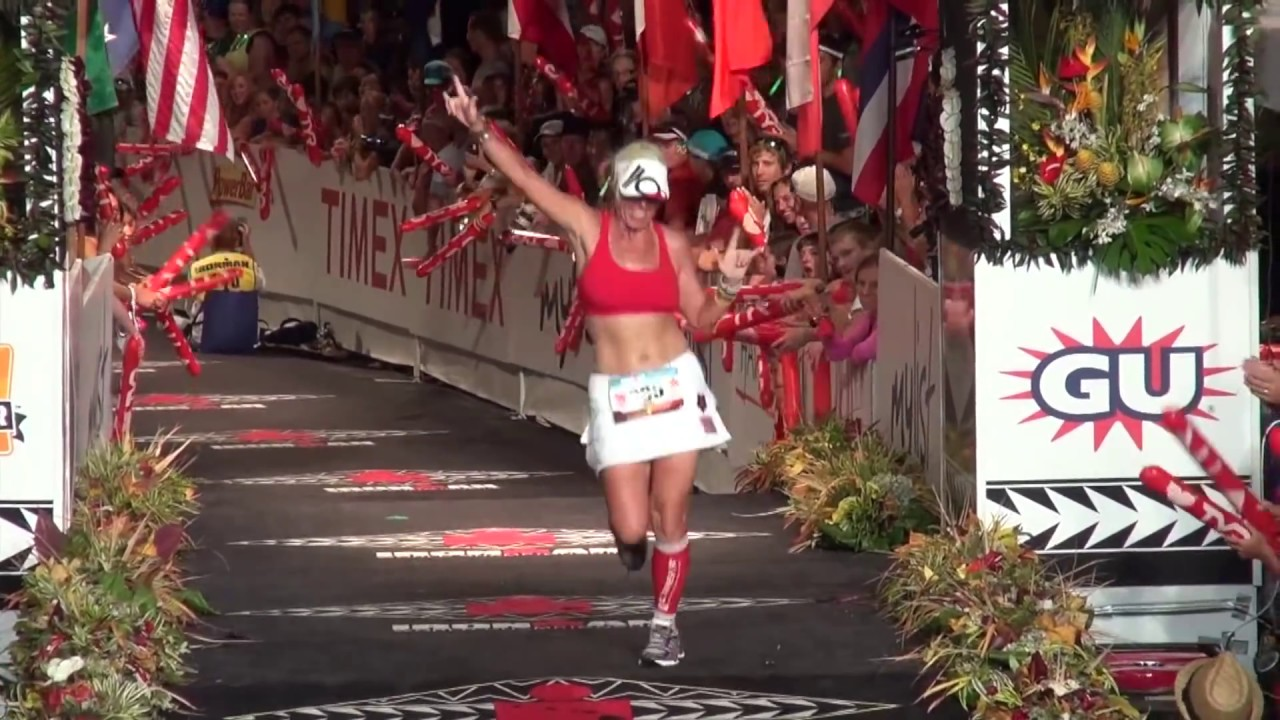 21a8a5affb043 Final Hour  2012 Hawaii Ironman Finish Line Highlights - YouTube