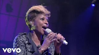 Смотреть клип Mary J. Blige - You Bring Me Joy
