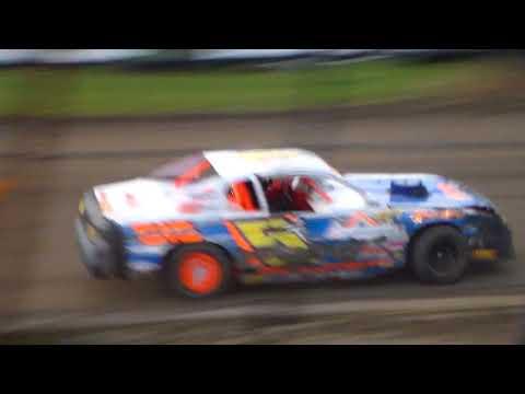 Stock Car Heat 2 @ Marshalltown Speedway 09/16/17