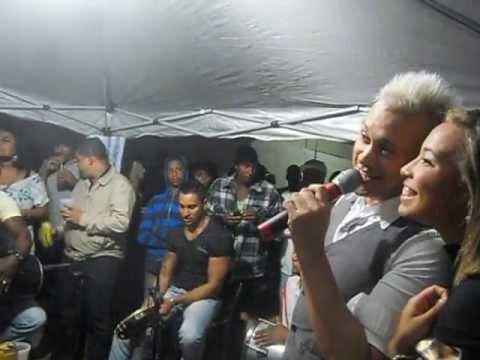 Roda de Samba com Sandrinho do grupo é d+ em Porto Alegre no dia 04/05/2013