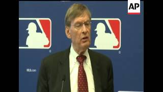 With the Dodgers in danger of running out of cash in less than three weeks, baseball Commissioner Bu