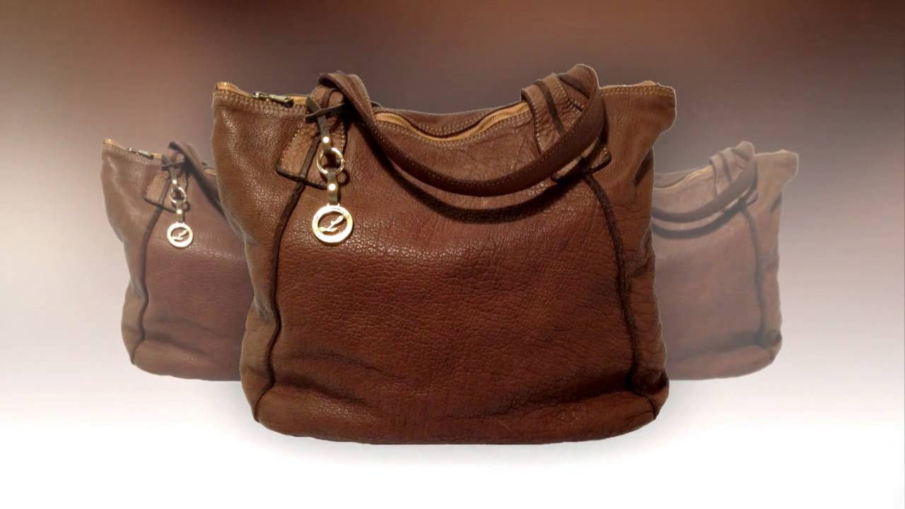 Italian handbags wholesale: find manufacturers & brands of leather ...