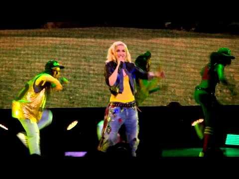 Gwen Stefani Wind It Up  at The Orpheum 2715