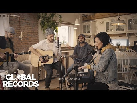White Lynx - Heaven On Earth ft. Emberlyon [Acoustic Session]