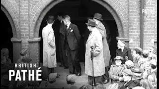 Flanagan And Allen - Underneath The Arches (1941)
