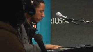 "Ryan Leslie Plays Over ""Lollipop"" by Lil Wayne on SIRIUS"