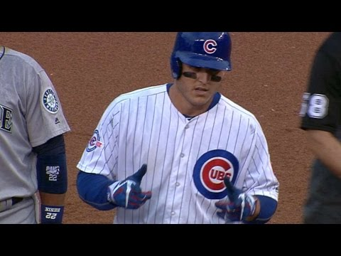 SEA@CHC: Cubs score six in the 6th to break game open