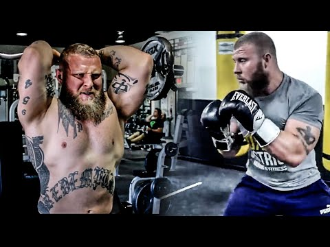 How to Build Muscle For MMA and Other Combat Sports