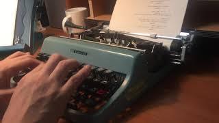 1963 Olivetti Lettera 32 Typin…
