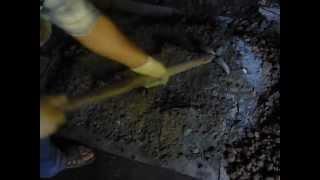 Фундамент для печи(В данном видеоуроке подробно рассматриваются этапы создания фундамента для банной печи. Этот принцип сохр..., 2012-07-25T00:33:47.000Z)