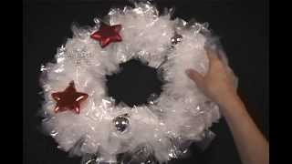 Christmas Craft: DIY Christmas Wreath out of sandwich bags