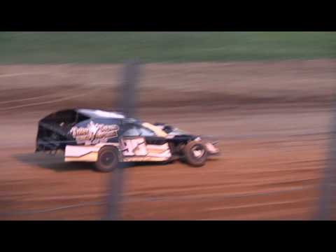 5 27 17 Modified Heat #4 Lincoln Park Speedway