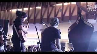 Video This is Live! - Payung Teduh (Untuk Perempuan Yang Sedang Dalam Pelukan) download MP3, 3GP, MP4, WEBM, AVI, FLV Desember 2017