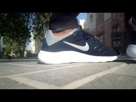 132fecf5057a3 NIKE ROSHE RunMidnight Navy REVIEW +(ON FEET) - YouTube
