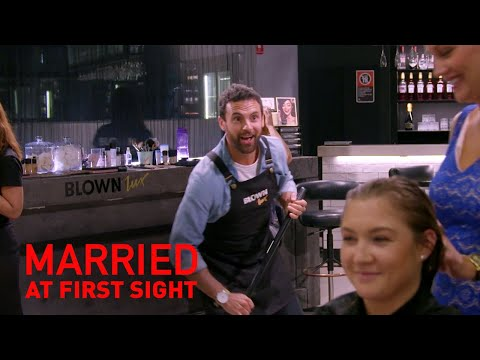 Exclusive: Jules takes Cam into her work and makes him her assistant | MAFS 2019