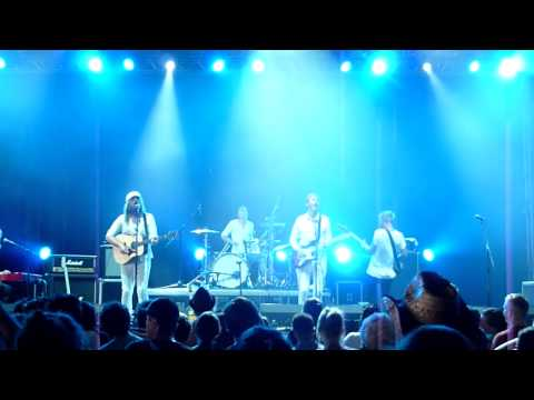 Friska Viljor - If I Die Now (Live at Rock For People 2013)