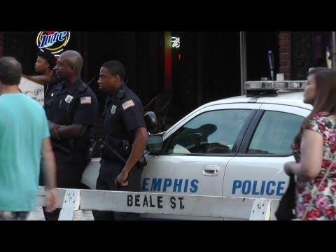 Beale Street Memphis - June 15 2013 - Marathon & local Police having fun !