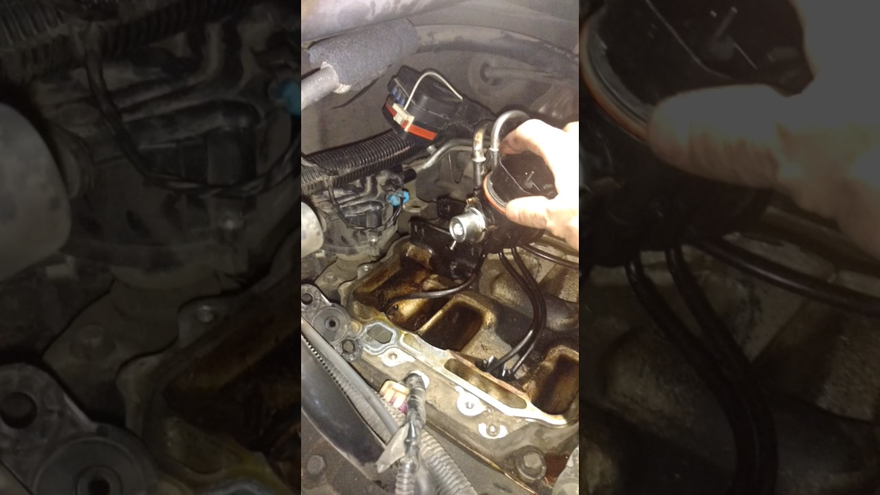 43l Chevy Silverado Fuel Pressure Regulator Youtube 4 3 Liter Engine Sensor Location