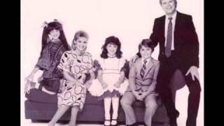 Small Wonder Intro 2