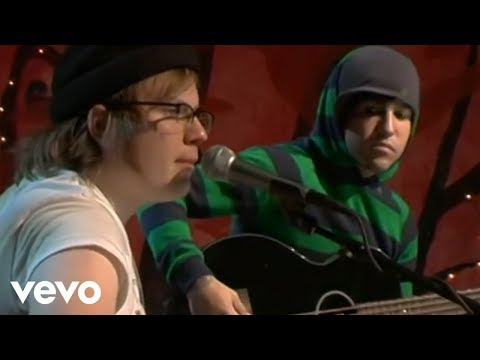 Fall Out Boy - Sugar, We're Goin Down (Unplugged For VH1.com)