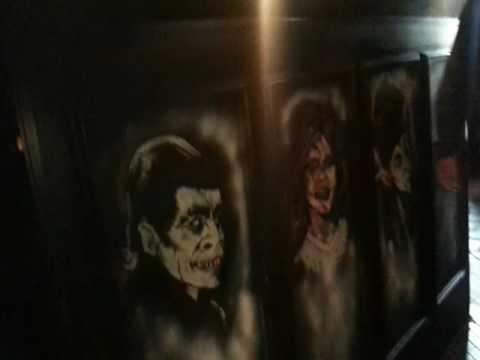 Dr Jekyll and Mr Hide pub in Edinburgh (Scotland)