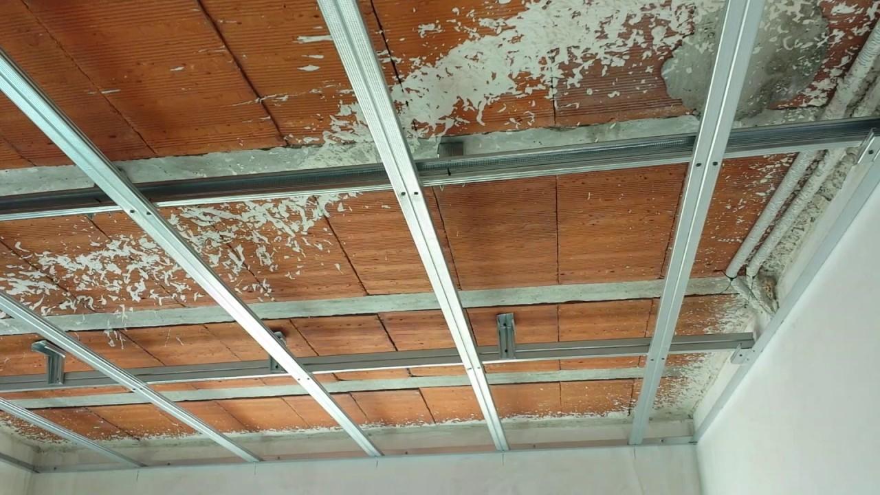 Estructura de techo de pladur youtube for Como poner chirok en el techo