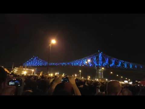 Soirée d'inauguration de l'éclairage du pont Jacques-Cartier en l'honneur du 375e de Montréal