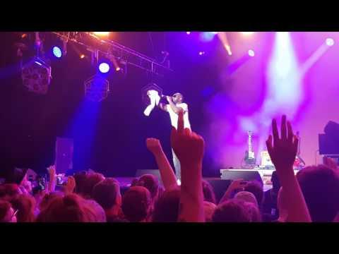 Maitre Gims ft  Lacrim - Ce soir ne sors pas | Colmar 2017 | Live
