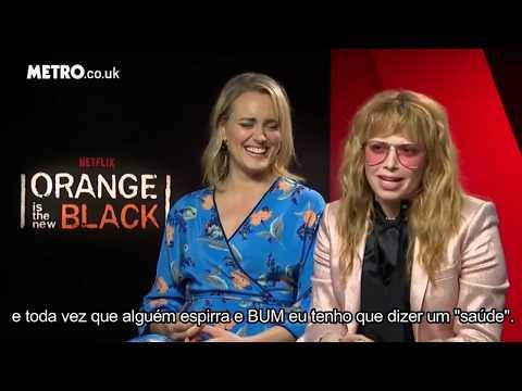 [LEGENDADO PT-BR] Taylor Schilling e Natasha Lyonne em entrevista para a Metro UK.
