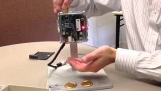 Скачать Setting Up A Coin Acceptor That Takes Quarters Dollars Quarter Tokens And Dollar Tokens