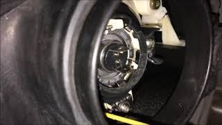 vW Polo 9N замена ламп ближнего света (снятие, установка)