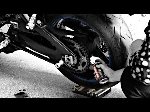 How to do Chain Cleaning using Motul Chain Clean with Paddock Stand Replacement GRoller