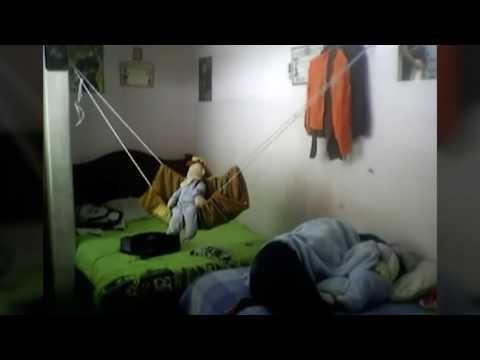 VIDEO INI MEMBUKTIKAN BAHWA BONEKA BISA HIDUP!