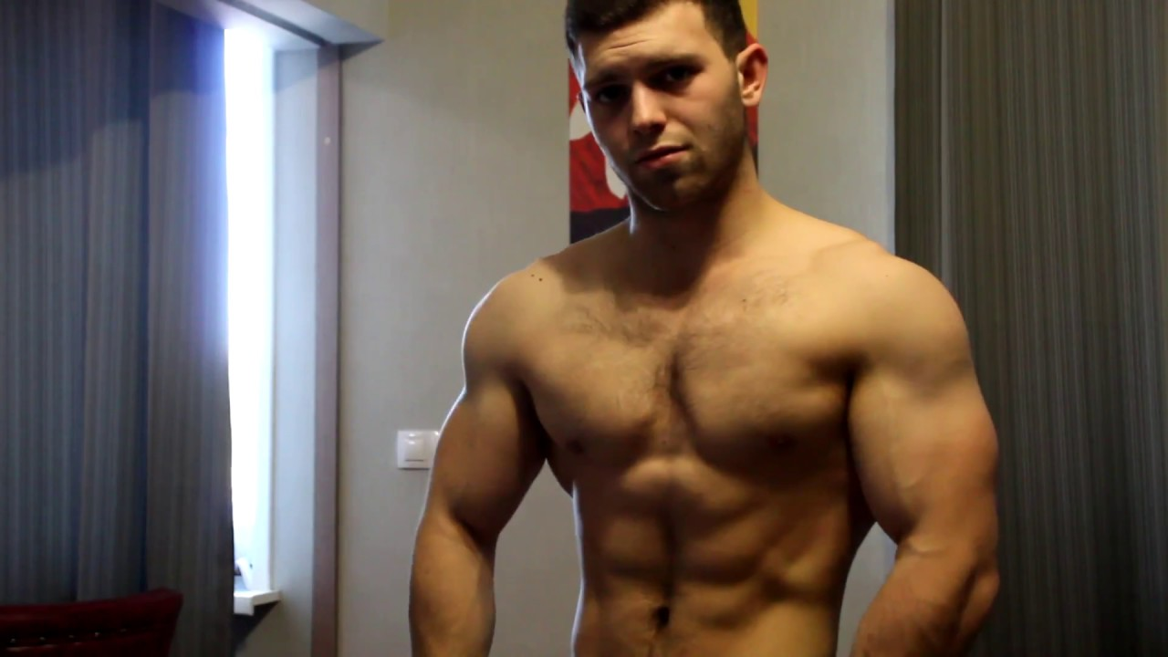 PERFECT YOUNG MUSCLES Flexing Show