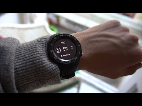 Huawei Watch 2 hands-on: one step forward, two steps back?