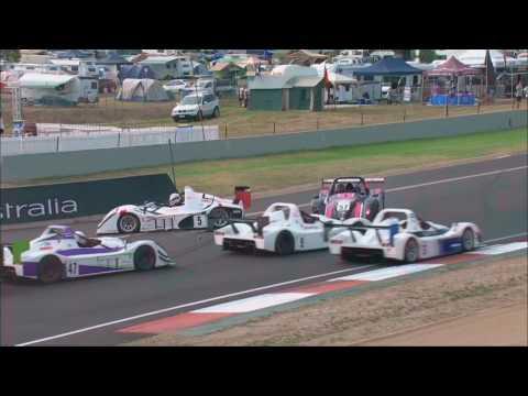 Radical Australia Cup 2017. Mount Panorama Motor Racing Circuit Bathurst. 1st Lap Crashes