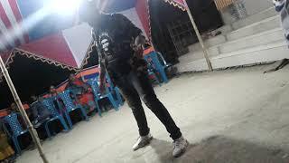 Hip hop dance robot Dubstep DJ Ripon