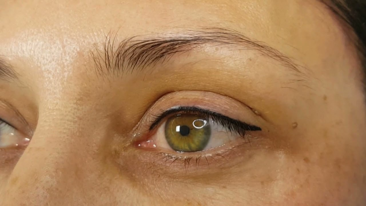 Classic Eyeliner Colour Boost Permanent Makeup by El Truchan @ Perfect Definition