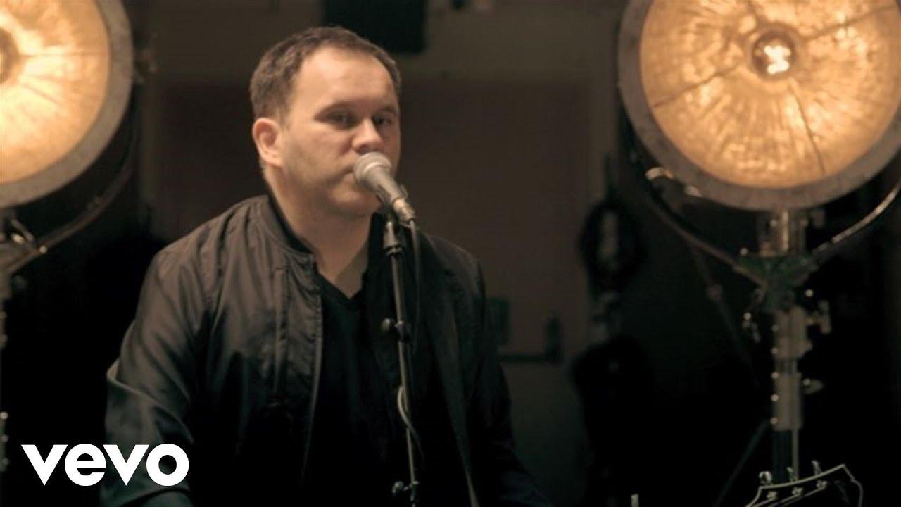 matt-redman-no-one-like-our-god-acoustic-live-mattredmanvevo