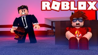 RUNNING FROM THE BEST BEAST IN ROBLOX FLEE THE FACILITY!!