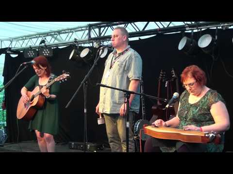The Backyard Buskers @Bamfest Bedale Acoustic Music Festival 2014