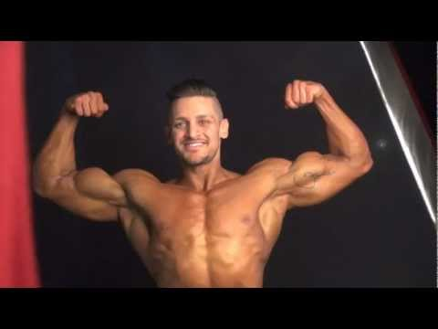 LEX FITNESS BRITAIN 2012 LIGHTWEIGHT CHAMPION Posing Flexing Ripped Bodybuilder Best Bodies 2012